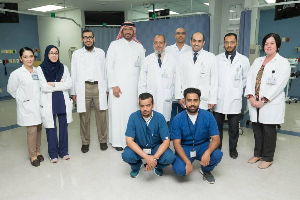 الفريق المشرف على برنامج المتبرعين بالخلايا الجذعية (الوطن)