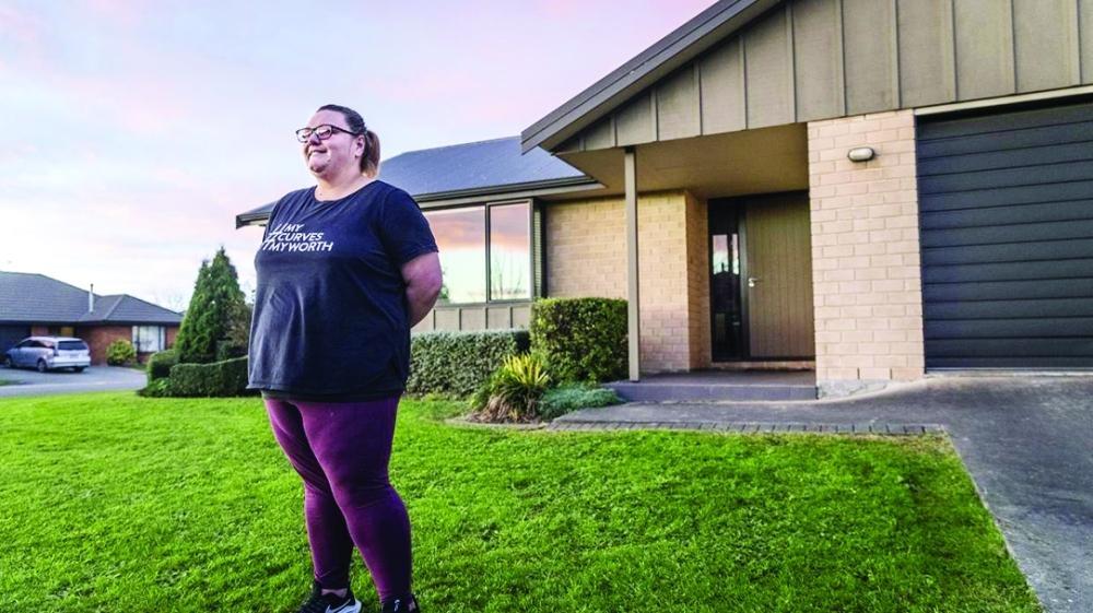 نيوزيلندا تشترط على أم خسارة وزنها
