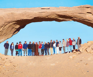 آثار نجران تجذب السياح الأجانب وتدحض أكاذيب الحوثي