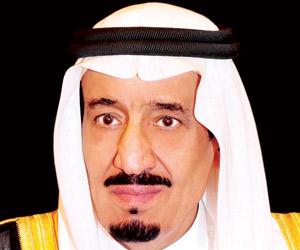 الملك سلمان يعايد مستفيدي الضمان بـ1.7 مليار ريال
