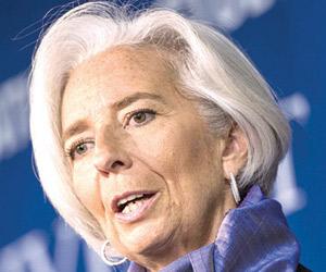 النقد يطالب بالتركيز على الإصلاحات المالية