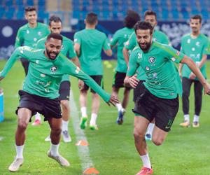 ودية الإمارات تختبر نجوم الأخضر الجدد