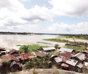 عشرات القتلى ضحايا فيضانات نيجيريا