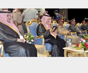 نائب وزير الدفاع يشهد حفل تخريج طلاب كلية الملك عب