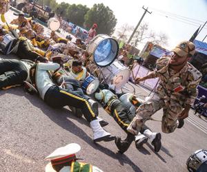 أحزاب كردية: عسكرة المعارضة هدف إيران من هجوم الأح