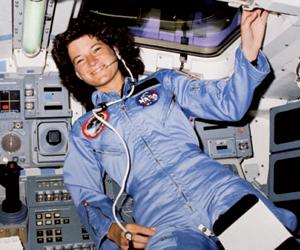 أول مهمة فضائية للنساء فقط