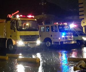 الدفاع المدني ينقذ 154 شخصاً جراء الأمطار والسيول