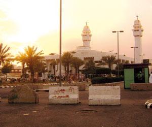 مسجد السيدة عائشة بالتنعيم معلم لا تخطئه العين جريدة الوطن السعودية
