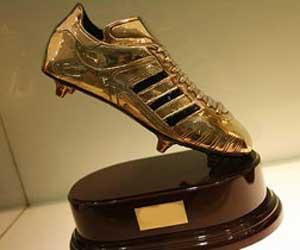 جيان أول لاعب يفوز بالحذاء الذهبي مرتين متتاليتين