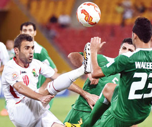 نجران يقترب من الأردني هايل