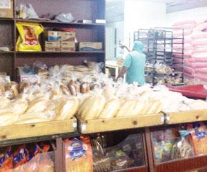 العيد يحد من وفرة الخبز في طيبة