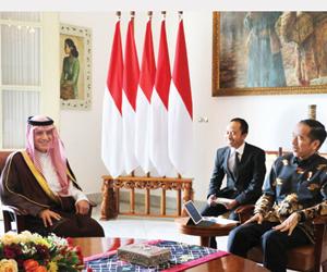 الرئيس الإندونيسي يلتقي الجبير