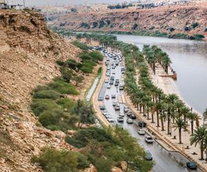 أمطار غزيرة على مدن الرياض والأرصاد تتوقع استمراره