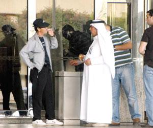 88 ألف ريال غرامات التدخين بمطار الملك فهد