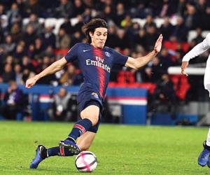 تأجيل نصف مباريات الدوري الفرنسي