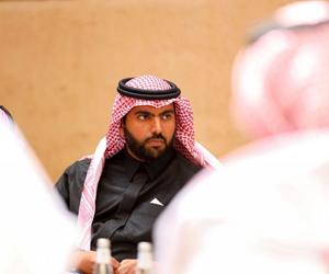 وزير الثقافة يلتقي بالمثقفين ويعلن موعد إطلاق إستر