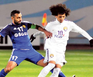 بطلا الإمارات أمام الأوزبك
