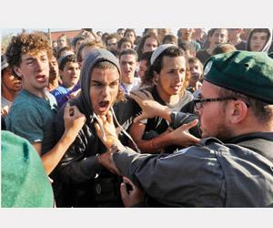 إسرائيل تخطط لتقسيم الضفة وتوسيع الاستيطان