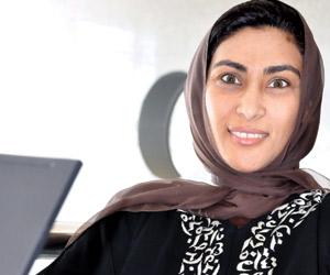 شاعرة سعودية تطلق