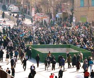 مئات الجرحى و25 قتيلا حصيلة القمع الإيراني في 6 أي