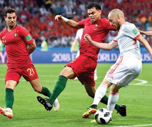 رونالدو ينقذ البرتغال أمام إسبانيا