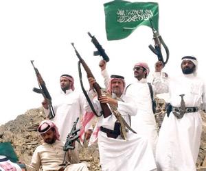 نازحون يوثقون عبث الحوثيين