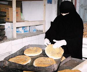 150 مليون رغيف خبز تستهلكها جدة ومكة في رمضان