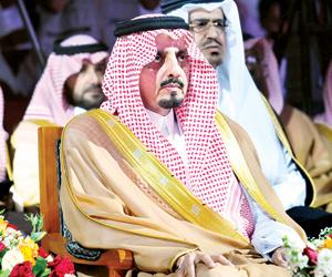 أمير عسير يشهد احتفال مسيرة التعليم بالحد الجنوبي