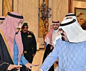خادم الحرمين يغادر الرياض ويصل إلى روضة خريم