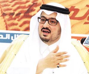 عبدالله بن خالد يبحث مستجدات منشآت الجبلين