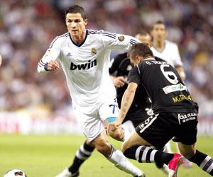 رونالدو: تعاستي في ريال مدريد ليست بسبب المال