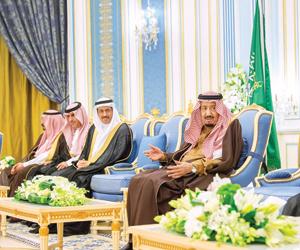 الملك يشدد على الرقابة ومكافحة الفساد