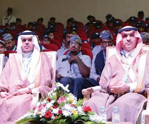 200 شبل شاركوا بمنافسات رسل السلام بتعليم عنيزة