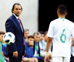 بيتزي لـworld soccar: اللاعب السعودي يملك مهارات ت