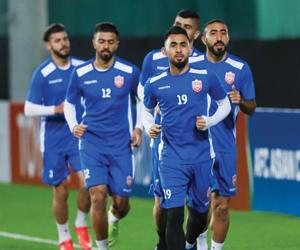 آل خليفة: نثق في لاعبي البحرين