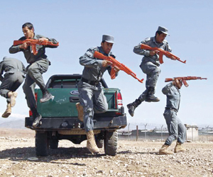 طالبان تفشل في استرداد أفغانستان بعد 17 عاما من ال