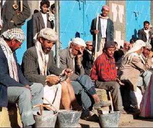 5 وجبات إفطار صائم لأسرة كل مقاتل حوثي جديد