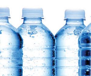 الغذاء والدواء: لا يوجد أفضلية بين المياه المعبأة