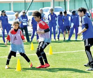 العرفج أول مدربة كرة قدم سعودية