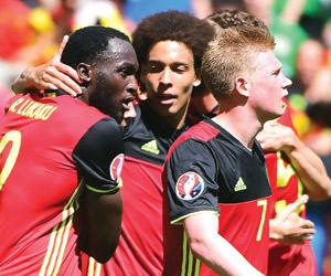 بلجيكا تقسو على إيرلندا بثلاثية