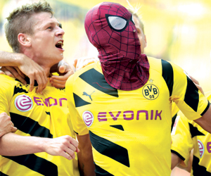 الصفراء عقوبة ارتداء الأقنعة بألمانيا