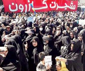 انتفاضة أبريل الشعبية تفاقم ورطات روحاني