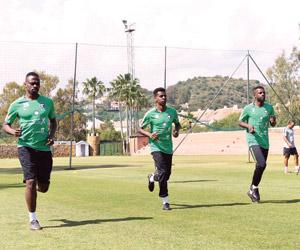 الأخضر يتدرب على مجموعات في ماربيا