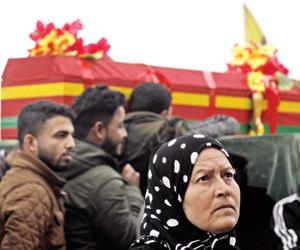 مصرع 16 شخصا في قصف موقع لداعش بدير الزور