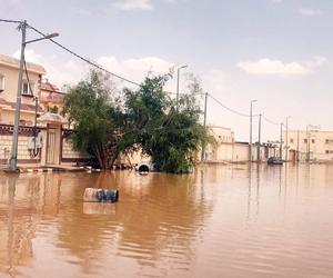 إخلاء 100 منزل وانقطاع للكهرباء في أمطار الوديعة
