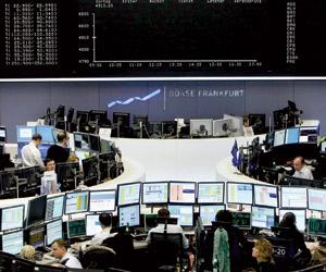 توقعات بدورة جديدة للاقتصاد العالمي