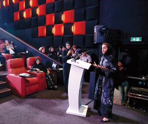 138 فيلما من 31 دولة بمهرجان الشارقة السينمائي للط