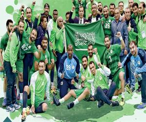 قبضة الأخضر تكسر اليد الإيرانية   وتتطلع للمونديال