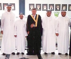 القنصل الأميركي يسعى لتعزيز العلاقات مع السعودية