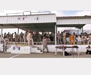 الحوثي يستخدم درون إيرانية لمهاجمة عرض عسكري
